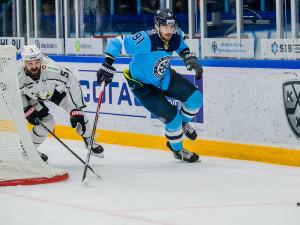 «Трактор» проиграл в Новосибирске, но Седлак снова забил