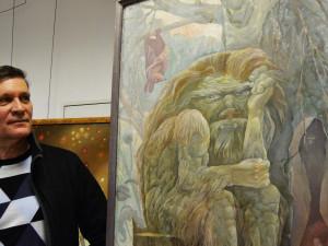 Художник сжег свои картины про «лихие 90-е» годы
