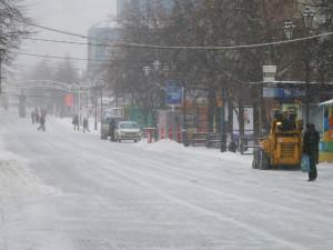 Снегопады со штормовым ветром подходят к Челябинской области
