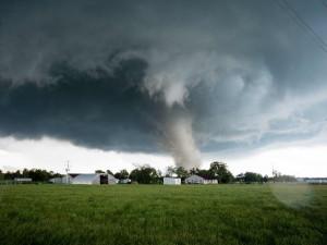 30 миллионов американцев стали мишенью опасных погодных условий (видео)