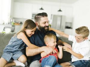 Пенсионный возраст снизят для многодетных отцов?