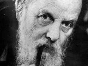 Бажов первым выполнил литературную обработку уральских сказов