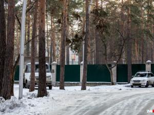 Хаммам, баня, бассейн, массажный кабинет и бар: что еще появится за высоким забором в городском бору?