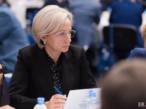 Она голосовала за повышение пенсионного возраста. Депутат Татьяна Сапрыкина