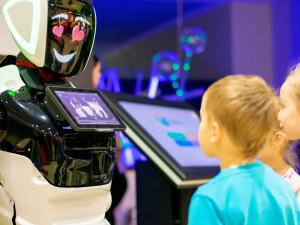 Рыба-робот, байкальский «терминатор» и робот-актер, пожавший руку Путину. Большой фестиваль роботов пройдет в Магнитогорске