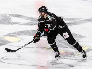 Хоккеисты «Трактора» отправились в сборные России и Чехии