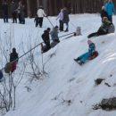 8-800-2000-122 - это детский телефон доверия в России. Ему исполняется 10 лет
