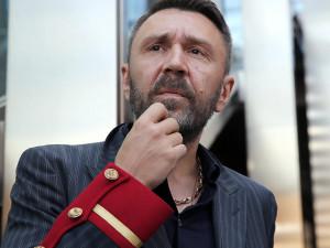 «Сколько раз ты этих не ребренди,будет результат всегда один»: Шнуров посвятил стих сменяющей название «Единой России»