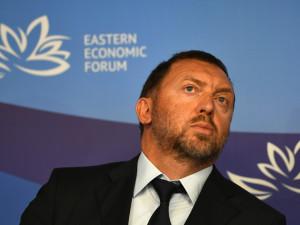 Миллиардер Дерипаска предложил ввести в России полный карантин