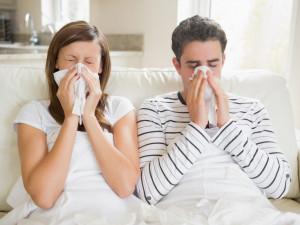 Не выходить из дома. Власть обсуждает введение усиленных ограничительных мер в борьбе с коронавирусом