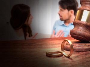Из-за коронавирусного карантина резко выросло число разводов