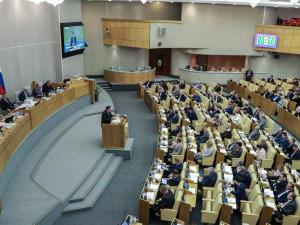 Парламентские партии никак не проявляют себя в борьбе с коронавирусом, считает челябинский политолог