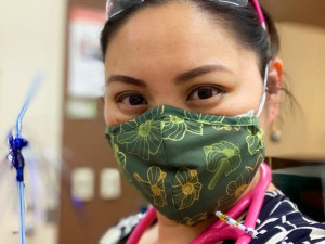 Маски для лица в стиле Aloha – новая тенденция моды на Гавайях