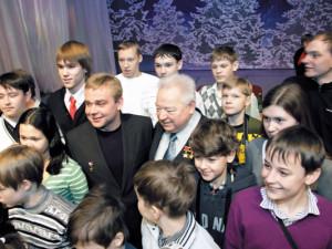 Атлантида познакомила легендарного космонавта Гречко и «певца бабочек» Разбойникова