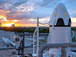 НАСА объявило дату первого за 10 лет полета астронавтов на американском корабле