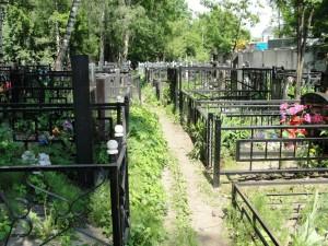 Главу Роспотребнадзора попросили в Петербурге прояснить запрет на участие в похоронах