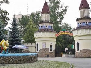 Жители Челябинска снова могут гулять в парках