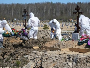 В закрытых гробах будут хоронить всех умерших в Петербурге