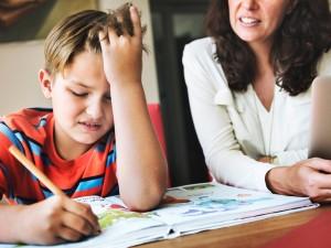 Школьники будут учиться до конца мая, решил министр образования Челябинской области