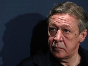 Жириновский предположил, что Ефремов либо сбежит, либо выпадет из окна, находясь под домашним арестом