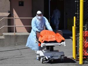 Жертв коронавируса в США больше, чем погибших в Первой мировой войне солдат, заявил университет Хопкинса