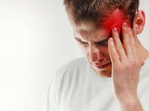 Как справиться с мучительной кластерной головной болью?