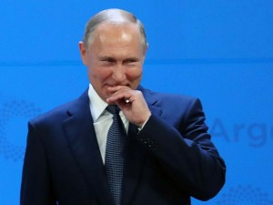 «После Путина будет Путин» или Почему необходимо голосовать за поправки в Конституцию по мнению власти