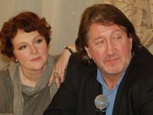Жена Митяева рассказала, как стала автором строчки про «лето – это маленькая жизнь»
