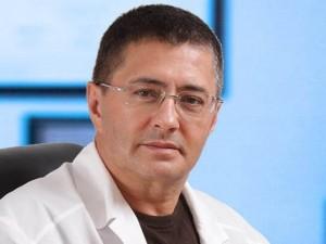 Мясников считает возможными три сценария развития эпидемии коронавируса