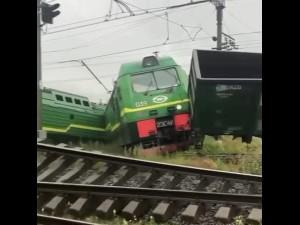 Катастрофа в Петербурге: столкнулись два поезда