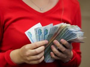 Мошенницу, похитившую у жителей Аши более 10 миллионов рублей, приговорили к пяти годам лишения свободы