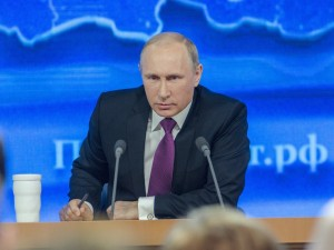 О каких социальных преобразованиях Путина мечтает Хазин?