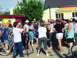 «Дайте воды!»: жители Еманжелинска вышли на митинг из-за отсутствия воды