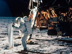 Исторические съемки на Луне улучшили с помощью искусственного интеллекта (видео)