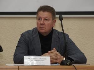 Он голосовал за повышение пенсионного возраста. Депутат Алексей Ситников