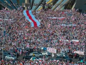 Полмиллиона человек вышло на Марш Свободы в Минске