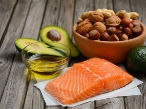 Пять жирных, но полезных продуктов назвали диетологи