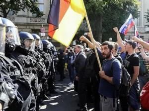 При чем тут Путин? Протестующие в Берлине кричали имя российского президента