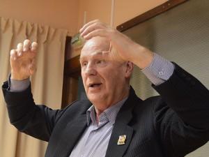 Как провинциальный драматург Виктор Петров помог услышать человека из «Барака»