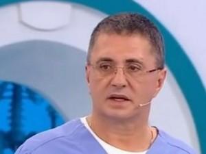 Мясников выдвинул версию случившегося с Навальным: что смутило доктора?