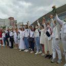 Мирный протест в Минске поставил силовиков в дурацкое положение
