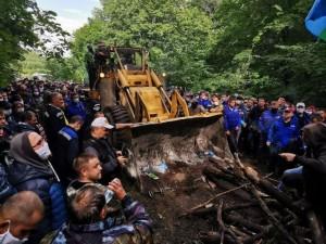 Защитники Куштау восстановили палаточный лагерь. Их вдохновляет пример белорусов?