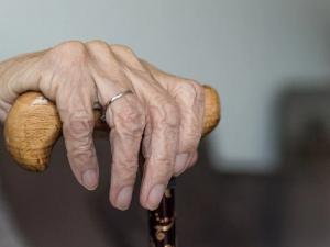 90-летнюю наркодилершу отправили под домашний арест в Челябинской области