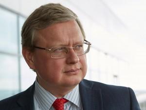 Очередную аферу с пенсиями организуют власти, уверен Делягин