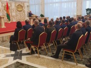 Лукашенко тайно вступил в должность президента. Белорусы снова идут протестовать