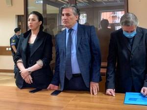 Актера Ефремова приговорили к восьми годам лишения свобод. В Кремле торжествуют