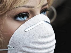 Отказаться от ношения маски после вакцинации от коронавируса можно через три недели