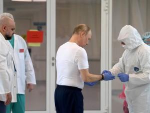 Путин панически боится коронавируса, считает предприниматель Потапенко