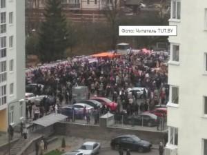 Светошумовые гранаты в Беларуси силовики применили во время акции памяти Романа Бондаренко
