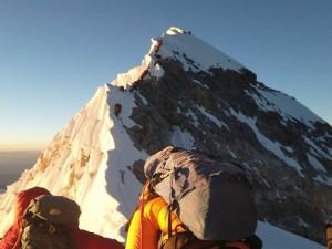 На Эверест скоро можно будет подниматься без кислородных баллонов